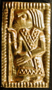Guldgubber depicting a staff bearer