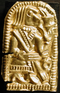 "Guldgubber depicting a ""drinker"""